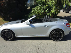 Must Sell - 2007 Mercedes-Benz SLK-Class Silver Convertible