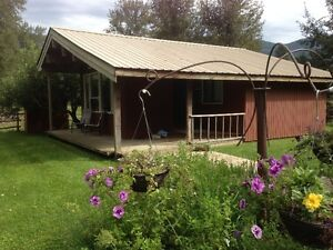 Scenic Riverfont Cabin for Rent