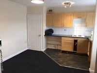 One bedroom studio flat to let
