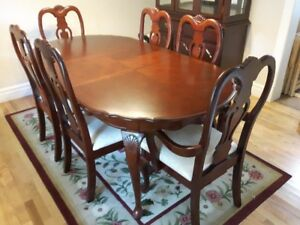 Formal Dining Room table and Chairs with China Cabinet For Sale