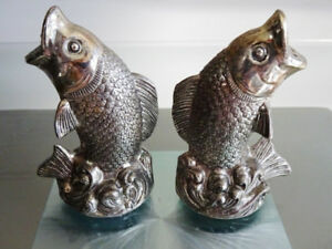 vintage FISH TROUT silver plate nickel SALT & PEPPER beach decor