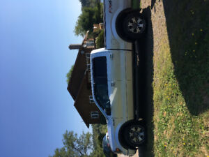 2013 Ford F1 50 FX 4 off-road truck