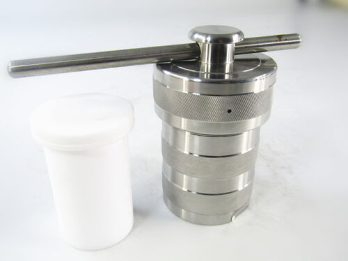 Hydrothermal Synthesis Autoclave Reactor Kettle +Teflon Chamber 100ml 6Mpa 240℃