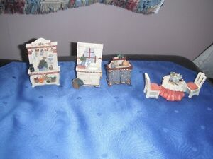 Miniature 6 Piece Kitchen Set - Avon (2001) Victorian Memories