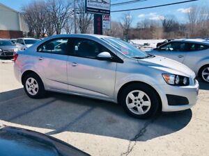 Chevrolet Sonic 33$* Par Semaine/Financement 2012