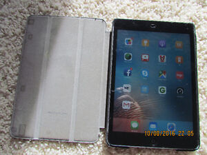 Ipad mini 16Gb.  Excellent condition. Box ang charger.