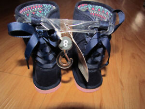 BNWT carters size 8 boots