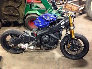 PARTING OUT A 2006 YAMAHA R6 STREETBIKE