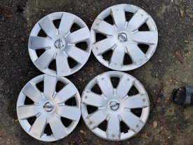 Nissan wheels trims