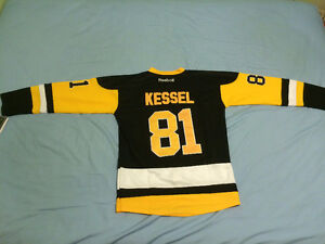 Brand NEW Phil Kessel Pittsburgh Penguins home jersey with tags