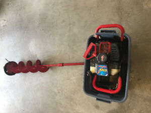 Mako gas powered ice auger