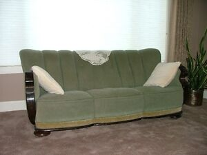 Antique Couch and two side chairs