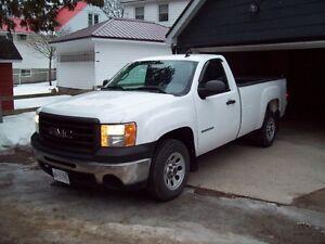 2010 GMC Sierra 1500 WT Pickup Truck