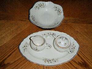 Bernadotte 4 Piece ( Blossom Set ) Cambridge Kitchener Area image 2