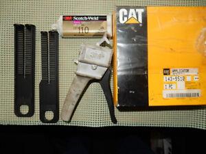CAT applicator glue gun