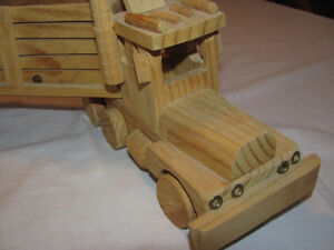 Hand-crafted Wooden Semi-Trailer model Edmonton Edmonton Area image 3