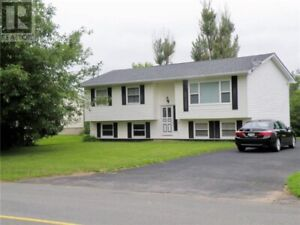 Great Location!! Income Potential!!