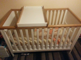 Summer Oak cot bed