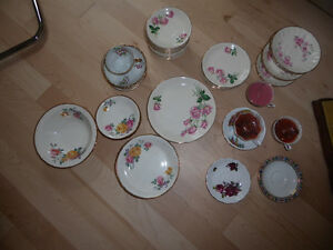 Lots and lots of vintage porcelain plates (for crafts)