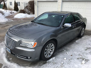 2012 Chrysler 300-Series Sedan