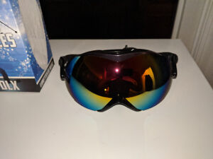Snowboarding Goggles Cheap! New!