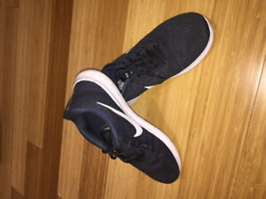 Barely used Nike Free RN