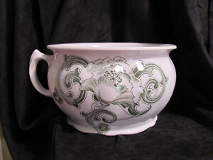 Chamber Pot With Green Transfer Pattern