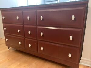 Commode 9 tiroirs en bois
