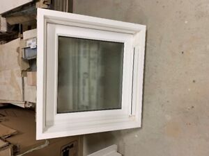 FIXED DOUBLE GLASS PRIVACY WINDOW