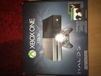Xbox One Halo 5 edition , brand new, with receipt