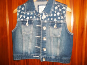 Girls Justice Vest with Sparkly Stars - EEUC