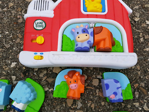 Leap Frog Barn Magnet toy