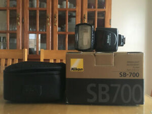 Nikon Flash (SB700 Speedlight) in Mint Condition