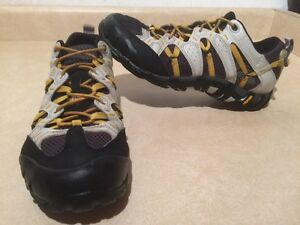Men's Merrell Continuum Hiking Shoes Size 8 London Ontario image 1