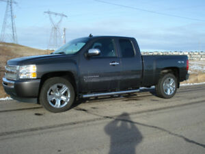 Chev Silverado, new rims and tires, 4x4, Brembo, clean, u