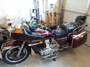 82 Goldwing