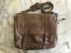 07bec9cbe5b2 ROOTS Modern Satchel Tribe Leather