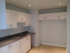3 Bed-room Appartment in Terasse-Vaudreuil - Immediate
