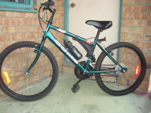 24'' bike CCM ICE 18 speed lightly used clean tuned up