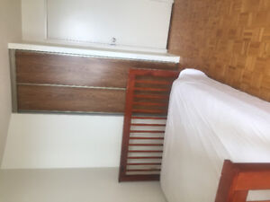 Room for rent 650