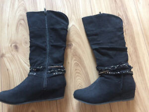Girls dressy boots size 2 black long