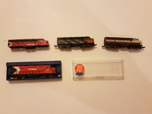 N Scale Train Collection.   3 engines!!