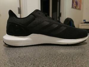 Authentic Adidas Cloadfoam Men's Running Shoes Size 11
