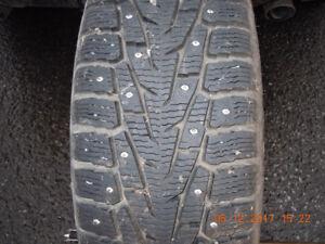 4 pneu hiver Nokia a clou sur rime
