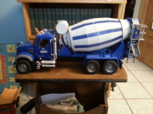 BRUDER TRUCKS - TOW TRUCK and CEMENT MIXER