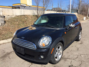 2010 MINI Cooper Classic Clubman Fully loaded! 6 speed! Coupe