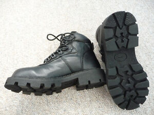 Brand New Black Nevada Ankle High Boots - Size 2 or 3 Kitchener / Waterloo Kitchener Area image 1