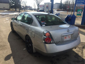 2006 Nissan Altima 3.5 parts car or ready for a motor swap
