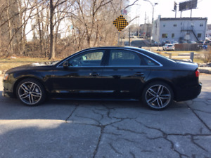 2017 Audi A8 4.0T Quattro (LEASE TAKE OVER) LOW KM'S!!!!