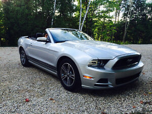 2013 Ford Mustang Convertible V6 Premium, Private Sale